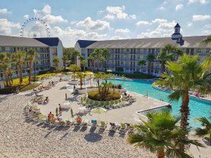Pool Avanti resort