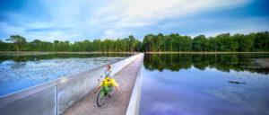 fietsen door het water