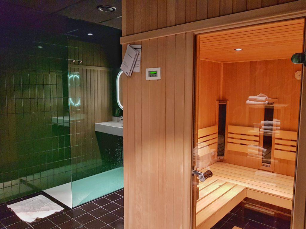 sauna radisson