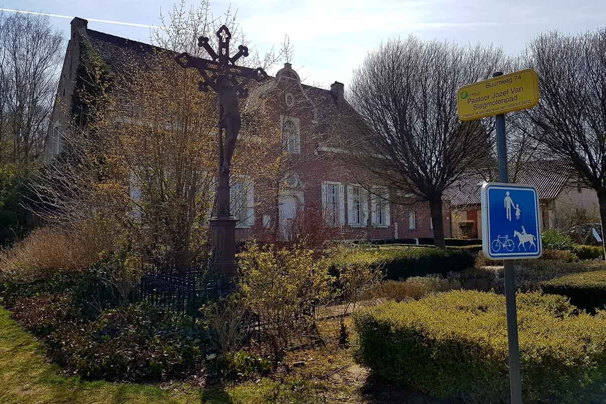 huize Hageland parking Vlooybergtoren