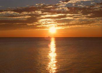 sunset naples pier