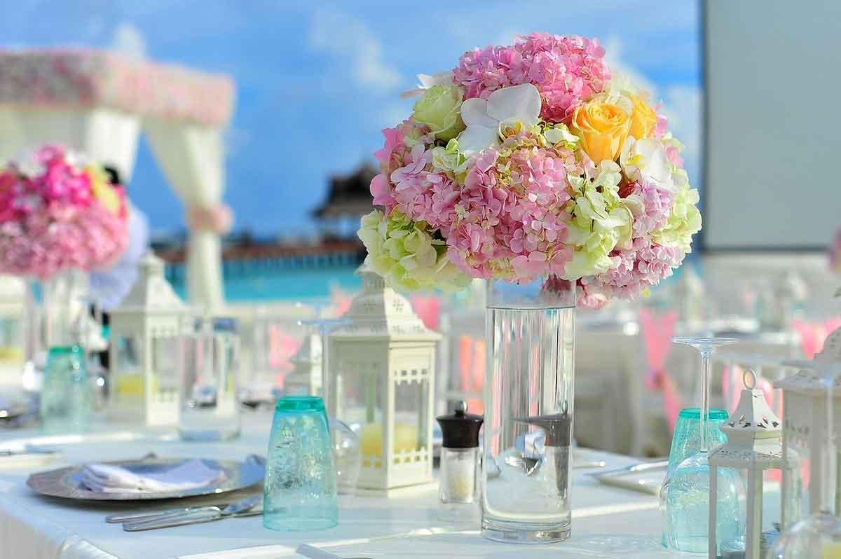Malediven genieten van een fleurig diner