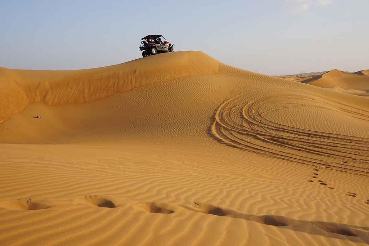 offroad avontuur in de woestijn van Dubai