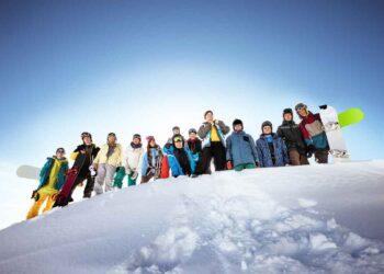 wintersport met grote groep