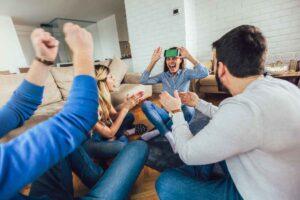 gezelschapsspel met vrienden op vakantie